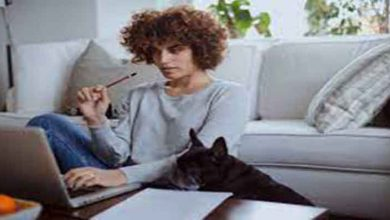 a few tips to control the stress of working at home